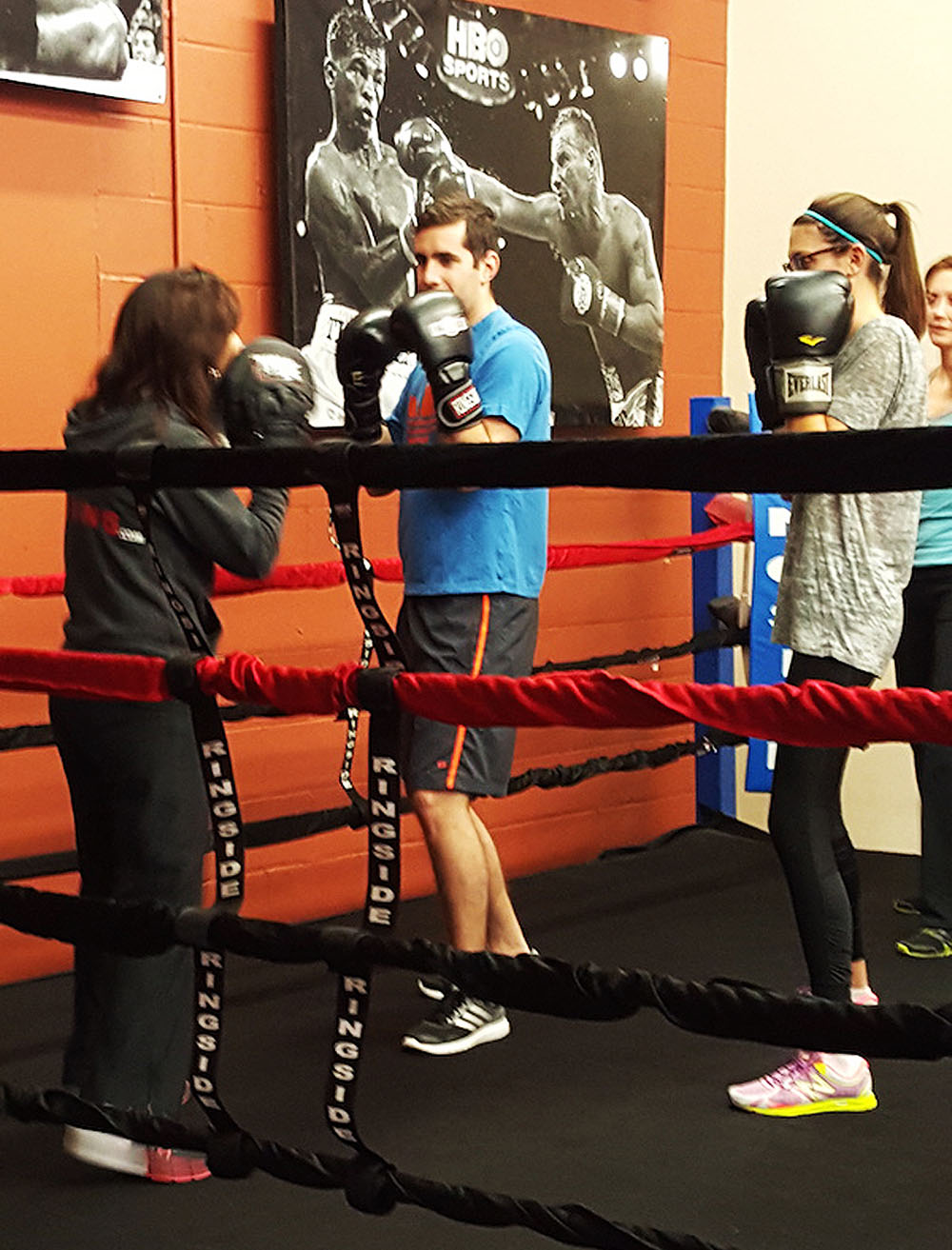 Group Training - Group Fitness Classes - Group Boxing Classes